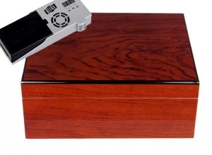 Cigar Oasis Ultra Savoy by Ashton Humidor Bubinga medium (African Rosewood)