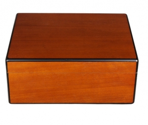 Savoy by Ashton Humidor Pearwood medium